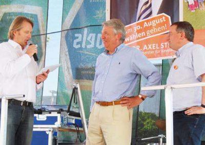 06/09 Klaus Schwarz moderiert Bürgerfest